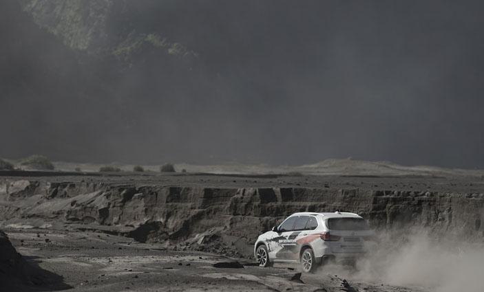 Sea of Sand, Bromo, BMW