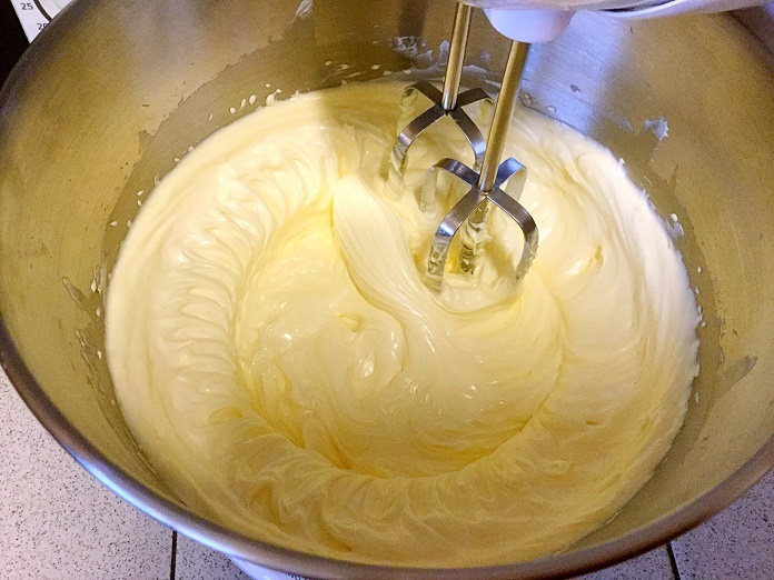 Egg yolk mixture