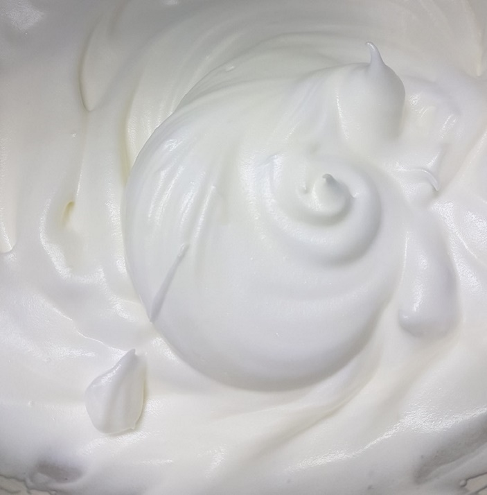 whipped-egg-whites_nov2018-wk2
