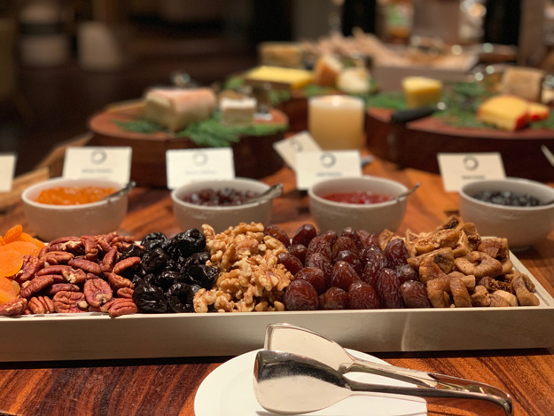 Cheeses, cold cuts and fresh salads are part of the experience.