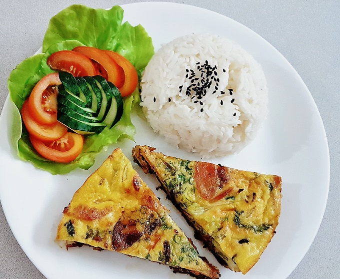omelette-rice-2pcs-1_march-2019-wk3