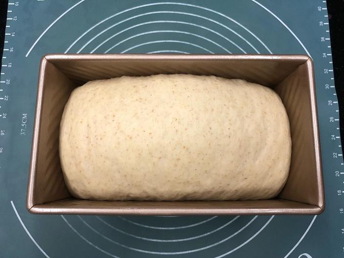risen_bake_purple-potato-loaf_march-2019-wk3