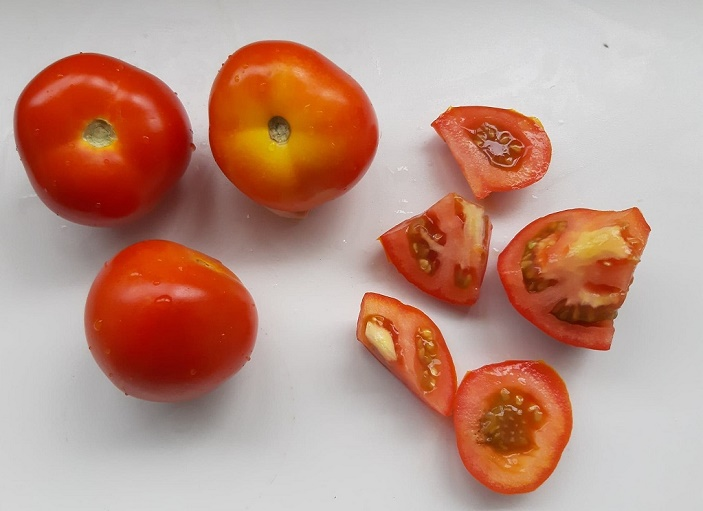 group-tomatoes_april-2019-wk1