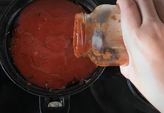 crab-pasta-recipe-image-2_chilli-crab-sauce
