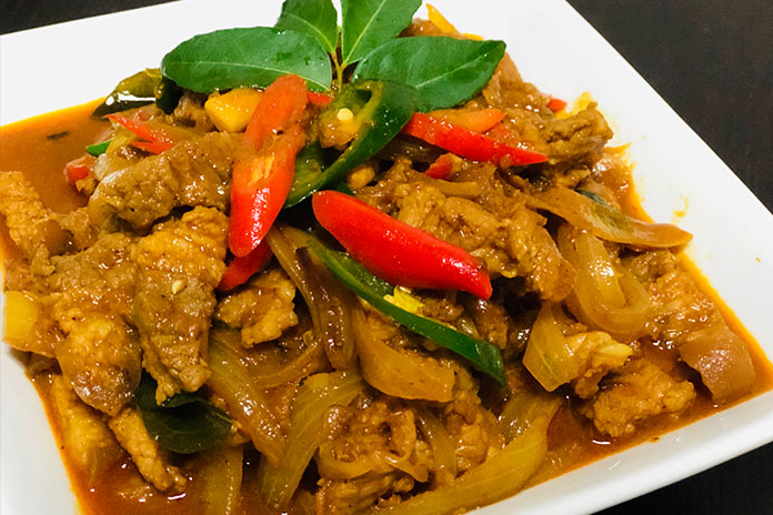 Anglicised pork curry