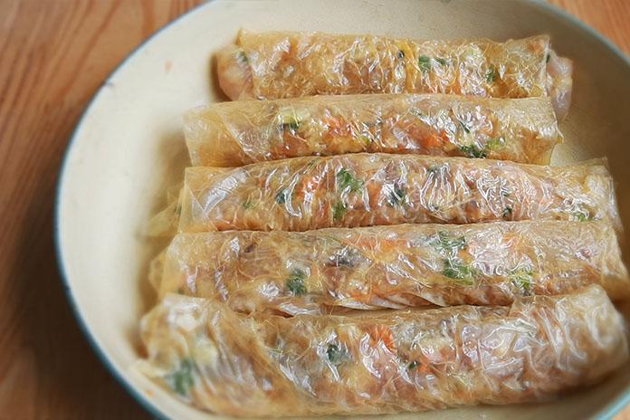 prawn rolls to steam