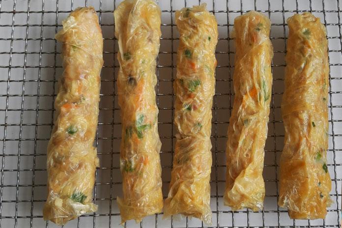 prawn rolls steamed