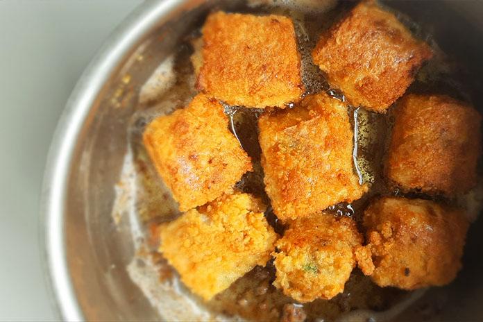 frying prawn rolls